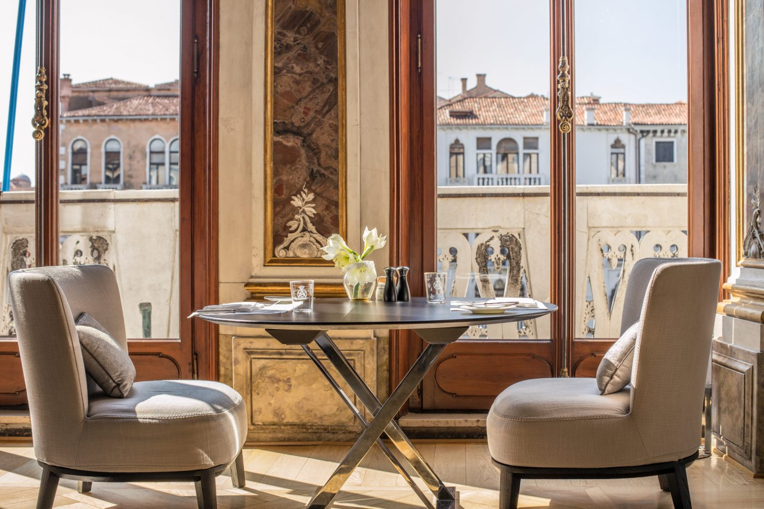 Aman Venice Piano noble dining area